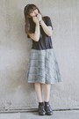 Black-oxfords-vintage-shoes-gray-midlength-plaid-vintage-skirt