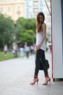 Dark-grey-primark-jeans-selleria-fendi-bag-red-zara-sandals