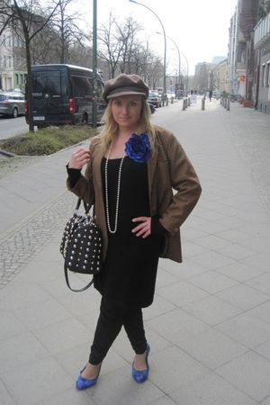 blue Street shoes - black H&M dress - brown from my grandma vintage hat