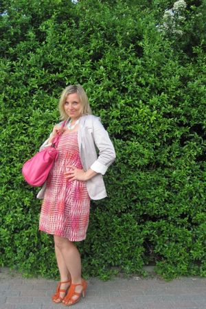 orange Deichmann shoes - pink H&amp;M dress - white H&amp;M blazer - blue necklace