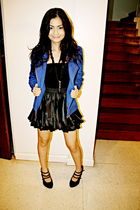 blue blazer - black Hong Kong skirt