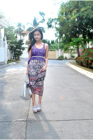 violet maxi Indonesia dress