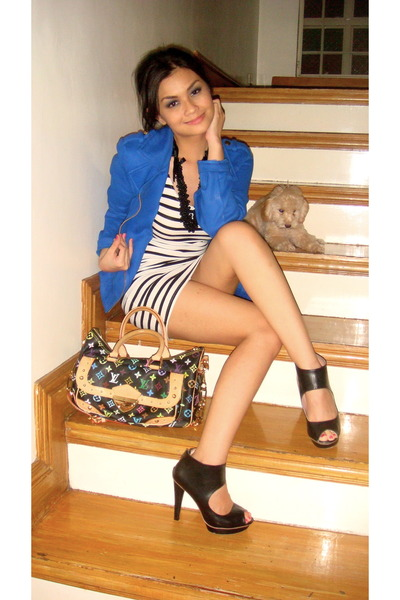 black H&amp;M shoes - white H&amp;M dress - blue HK blazer