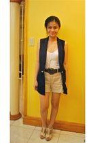 blue Ramp Crossings vest - beige Zara shorts - white Topshop top - beige H&M sho