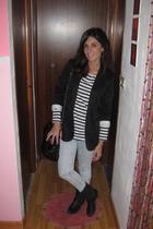 Bershka blazer - H&M t-shirt - vintage boots - vintage purse