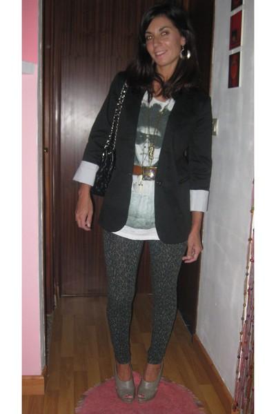 Zara t-shirt - Bershka leggings - Bershka blazer - vintage belt