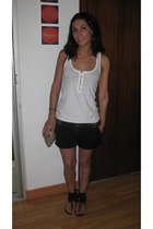 Bershka t-shirt - xx shorts - H&M shoes