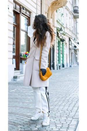 off white Max Mara coat - mustard shoulder bag escada bag