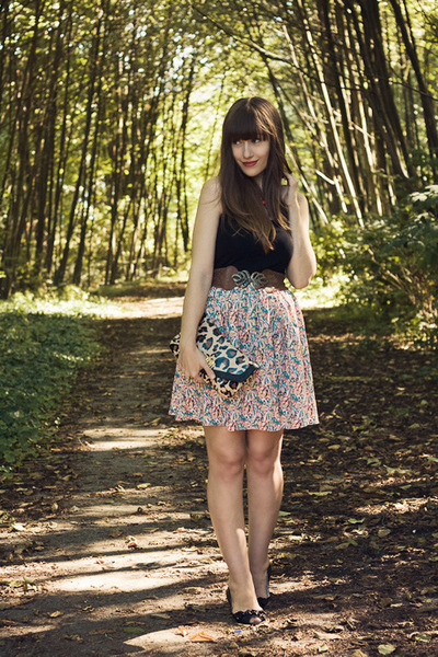modcloth skirt - Aldo purse - modcloth belt - H&M top