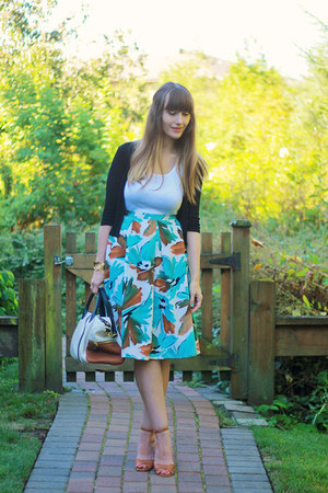 thrifted vintage skirt - Jeffrey Campbell shoes - Fossil bag - Joe Fresh top