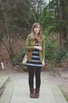 Joe Fresh shoes - Old Navy dress - Forever 21 jacket - Joe Fresh leggings