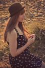 Vintage-hat-modcloth-dress