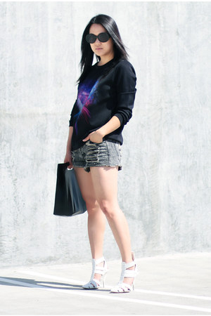 black H&M shirt - white Alexander Wang shoes - black Marie Turnor bag
