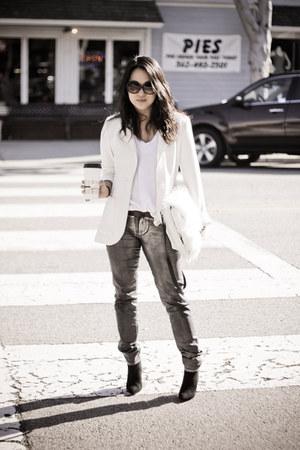silver silver jeans H&M pants - black pointed toe Zara boots - white H&M blazer