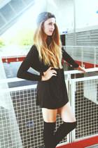 VeryHoney dress - Urban Outfitters hat