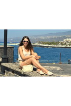 eggshell green coast bag - eggshell Bershka shorts - eggshell Primark sunglasses