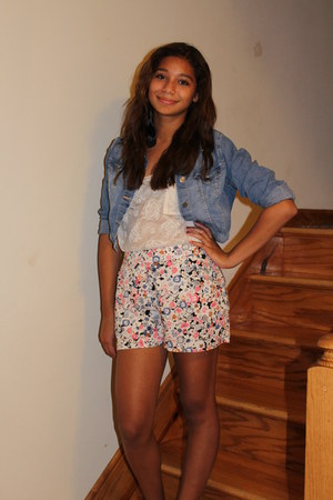 denim H&M jacket - Forever 21 shorts - lace Forever 21 top