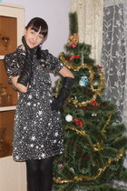 Oggi dress - Calzedonia tights - Stockmann gloves