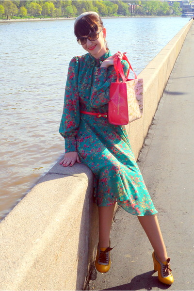 teal no name dress - beige Catarzi hat - red ted baker bag