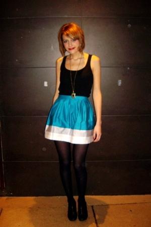 Topshop skirt - H&M t-shirt - Topshop shoes - H&M necklace
