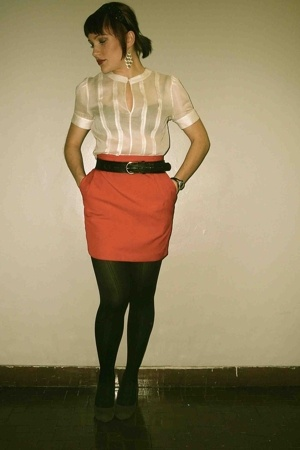 Club Monaco shirt - vintage skirt - saychelle shoes - French Connection belt