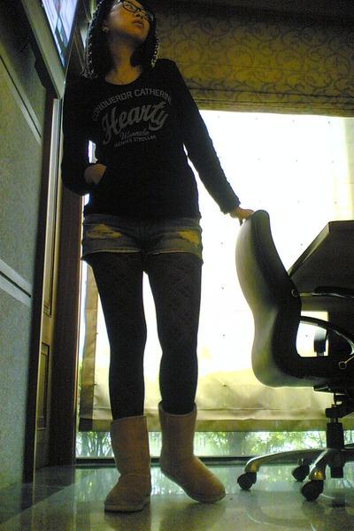 black top - blue shorts - pink shoes - black stockings