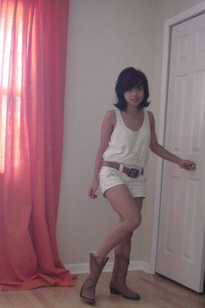 white Forever 21 top - beige Aeropostale shorts - brown Frye boots - brown Old N