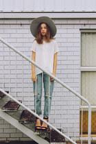 silver hat Lack of color hat - blue denim OASAP jeans
