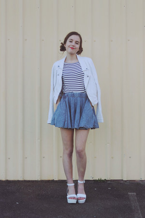 white platforms Topshop shoes - white striped portmans shirt