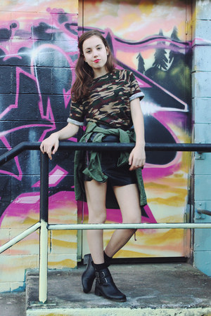 black cutout Lipstik boots - army green Chicwish jacket - black OASAP skirt