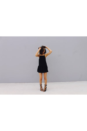 black Its Boutique dress - black Windsor Smith heels