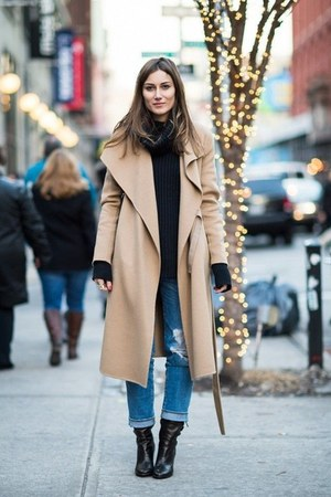 camel Vilanya coat