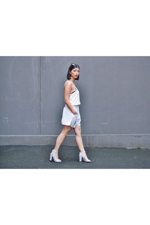 periwinkle double buckle asos heels - off white floppy Sportsgirl shorts