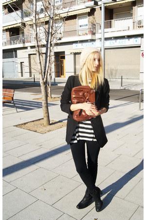 Topshop hat - Tamaris boots - H&M blazer - Topshop blouse