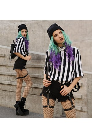 Lamoda bag - TUK boots - StyleMoi shorts - Lamoda accessories