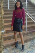 black leather vintage skirt - black booties boots