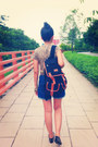 Metal-geometry-diva-ring-backpack-bag-pretty-little-things-shorts