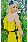Yellow-ruffle-dress