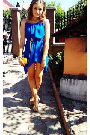 blue leia castellani dress - beige no name shoes