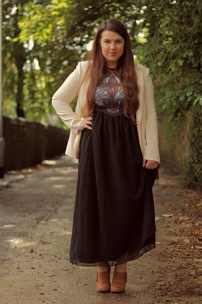burnt orange Topshop shoes - black jolie moi dress