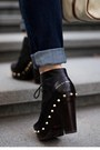 Black-studded-marc-by-marc-jacobs-boots-navy-revel-levis-jeans