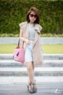 Bubble-gum-tuscans-bag-silver-yves-saint-laurent-heels