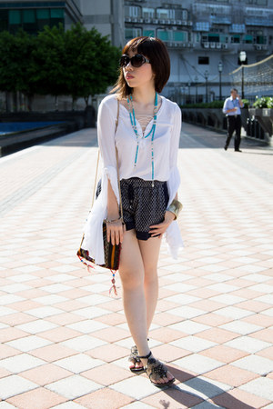 dark brown John Hardy bracelet - navy Zara shorts - white stylestalker top