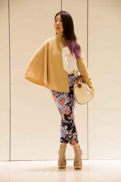 Gucci bag - ruffled Maison 168 top - floral asos pants - Camilla Skovgaard heels