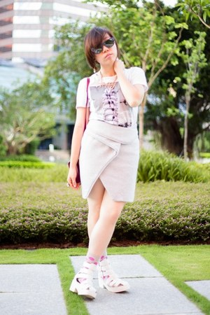 white asos sandals - maroon Sophie Hulme bag - blue Ray Ban sunglasses