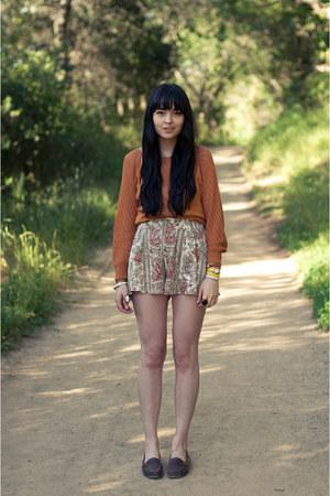 Mink Pink shorts - vintage sweater - vintage loafers