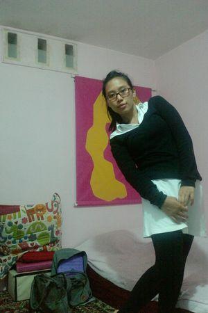 white shirt - black shirt - black leggings