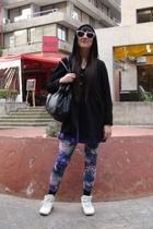 Patronato dress - Patronato coat - El Boliche sunglasses
