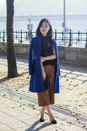 H&M coat - Zara bag - F&F pants - Stradivarius heels - Orsay top
