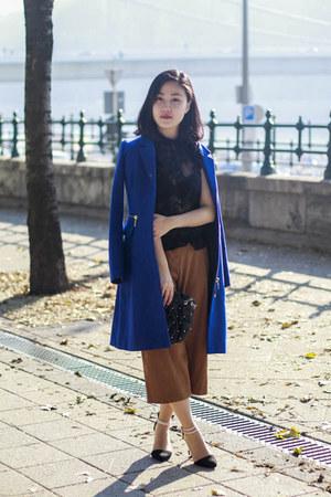 H&M coat - Zara bag - F&F pants - Stradivarius heels - Orsay top